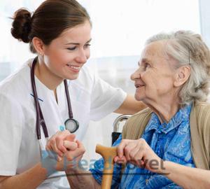 Пожилые люди, особенно женщины, наиболее подвержены головокружениям