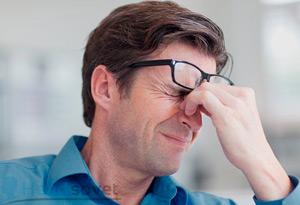 У мужа болит голова