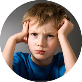 Болит голова у ребенка
